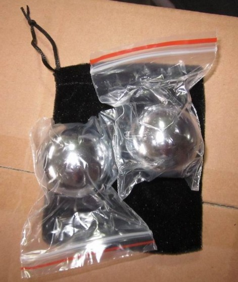 Chinese stress balls with black pouch