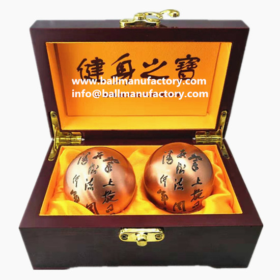 Engraving Baoding balls in purple bronze color