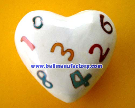 supply metal chiming heart with logo